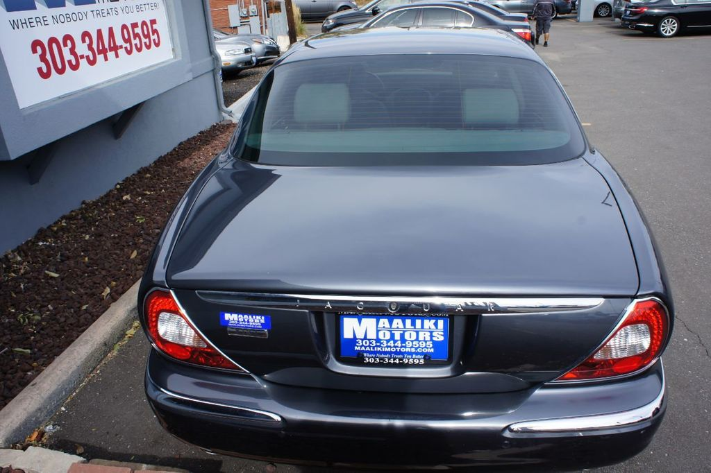 2006 Jaguar XJ 4dr Sedan XJ8 LWB - 18221749 - 4