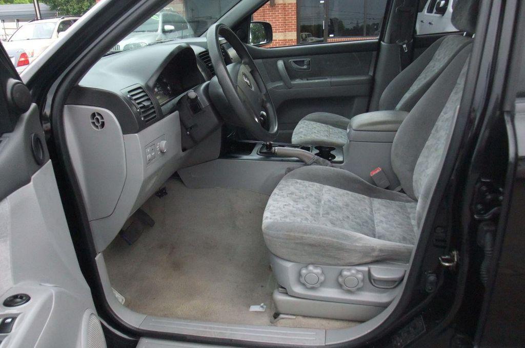 2006 Kia Sorento 4dr LX Automatic 4WD - 13581720 - 11