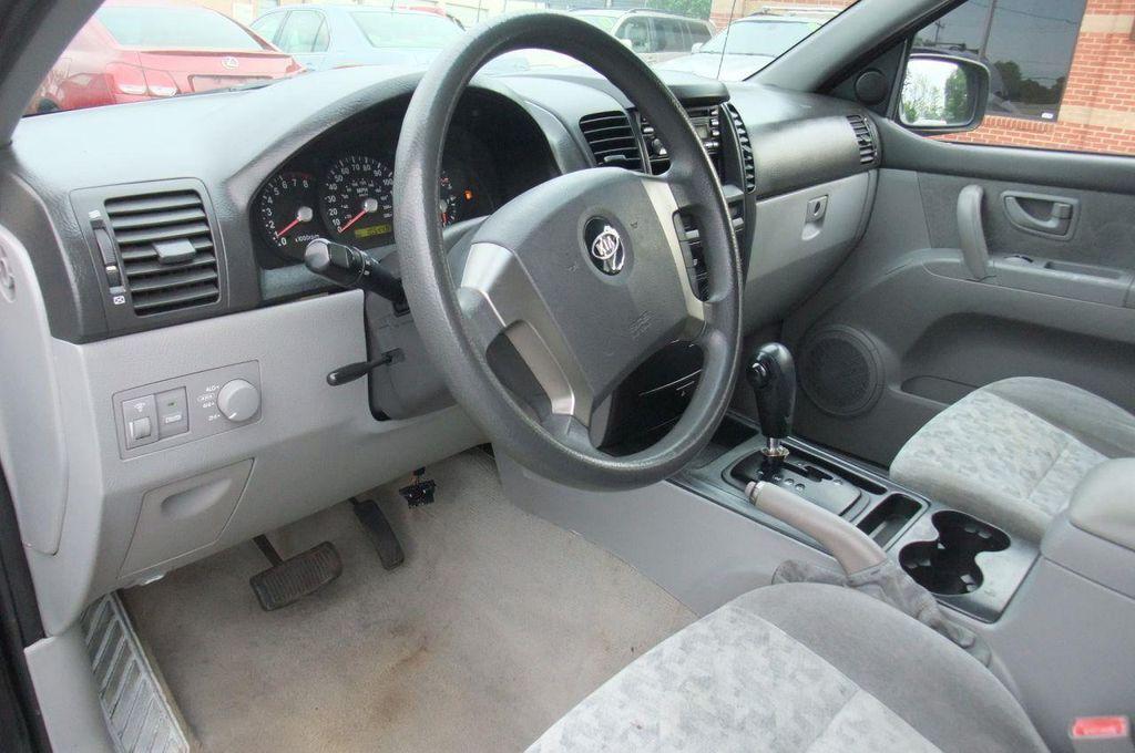 2006 Kia Sorento 4dr LX Automatic 4WD - 13581720 - 12