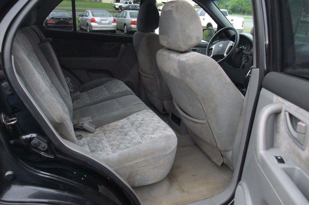 2006 Kia Sorento 4dr LX Automatic 4WD - 13581720 - 17