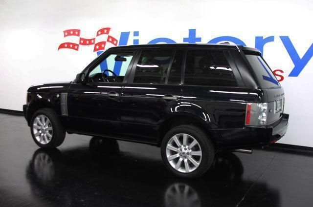 http://3-photos.motorcar.com/used-2006-land_rover-range_rover-supercharged-1282-10643707-3-640.jpg