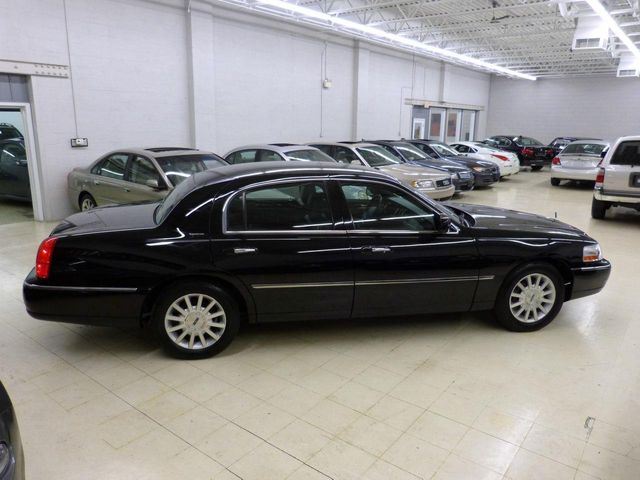 2006 Lincoln Town Car 4dr Sedan Signature Click To See Full Size Photo Viewer