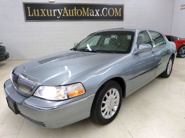 2006 used lincoln town car 4dr sedan signature at luxury automax rh luxuryautomax com 2006 Lincoln Town Car Interior 2012 Lincoln Town Car