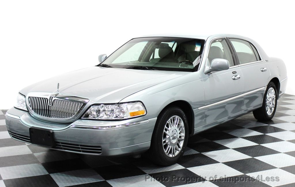 2006 Lincoln Town Car 4dr Sedan Signature Limited 15853669 10