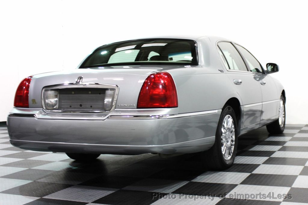 2006 used lincoln town car 4dr sedan signature limited at rh eimports4less com 2006 lincoln town car service manual 2006 lincoln town car service manual