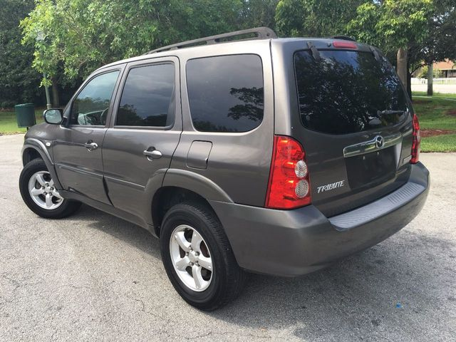 2006 Mazda Tribute 3.0L Automatic s - Click to see full-size photo viewer