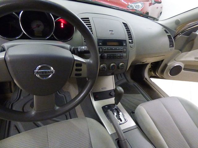 2006 Nissan Altima 4dr Sedan I4 Automatic 2.5 S - Click to see full-size photo viewer
