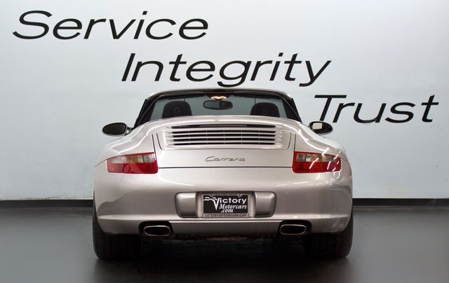 2006 Porsche 911 997 - Click to see full-size photo viewer