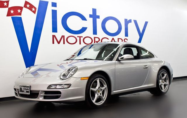 2006 Porsche 911 C4 - Click to see full-size photo viewer