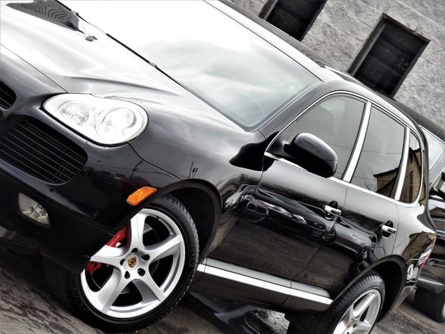 2006 Porsche Cayenne 4dr Turbo S Tiptronic - Click to see full-size photo viewer