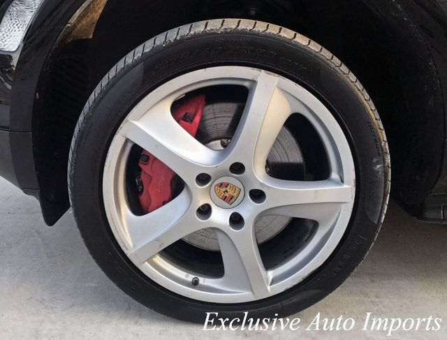 2006 Porsche Cayenne TURBO S 521HP CARBON LIMITED PRODUCTION RARE - Click to see full-size photo viewer