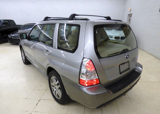 2006 Subaru Forester ONE OWNER JUST SERVICED NEW BATTERY - Click to see full-size photo viewer