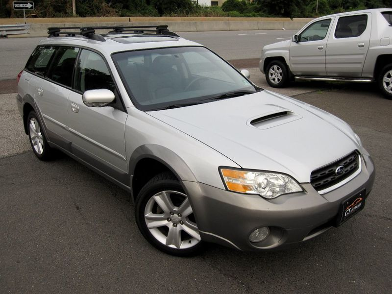 2006 Subaru Legacy Wagon Outback 2.5 XT Ltd Manual Black Int - 19136260 - 1