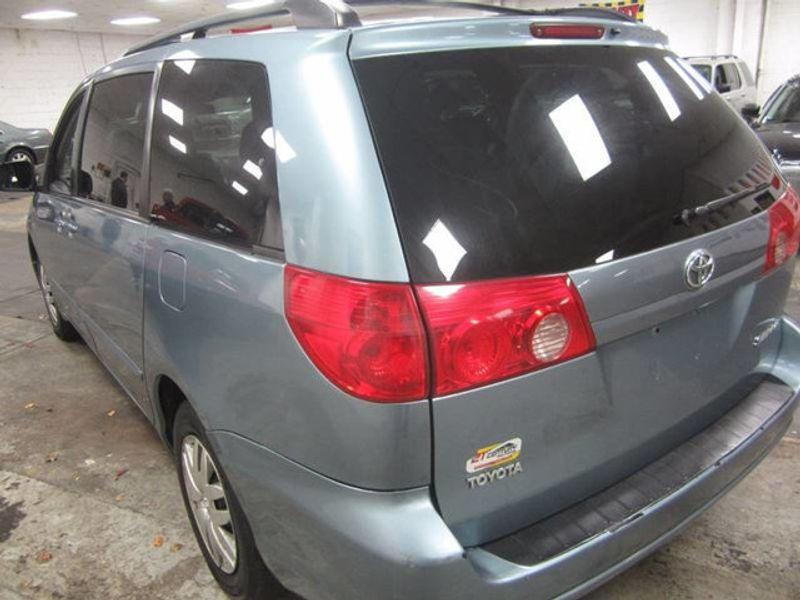 2006 Toyota Sienna LE / V6 / 7 PASSENGER   17104623   3