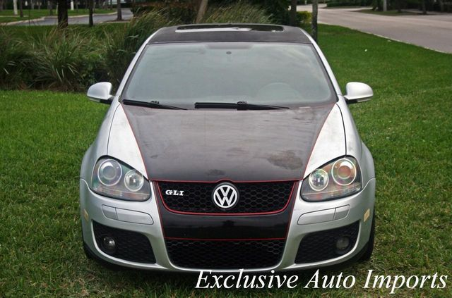 2006 Volkswagen Jetta Sedan GLI - Click to see full-size photo viewer