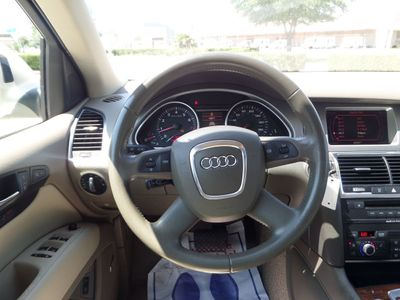 2007 Audi Q7 quattro 4dr 3.6L Premium - Click to see full-size photo viewer