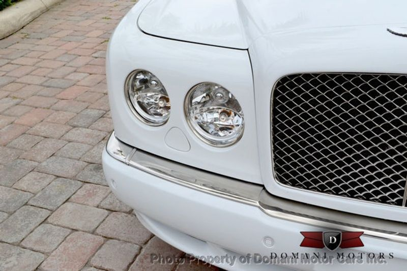 2007 Bentley Arnage Stunning White Arnage w/ Magnolia & Auburn interior - 16319383 - 13