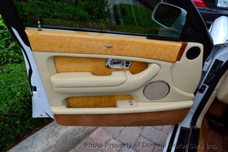 2007 Bentley Arnage STUNNING WHITE ARNAGE w/MANOLIA & AUTUMN HIDES & MAPLE VENEERS! - 16319383 - 33