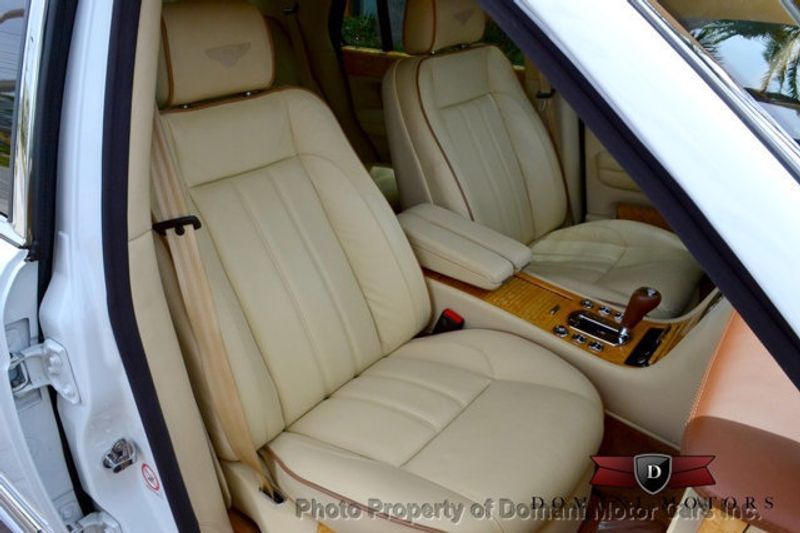 2007 Bentley Arnage STUNNING WHITE ARNAGE w/MANOLIA & AUTUMN HIDES & MAPLE VENEERS! - 16319383 - 56