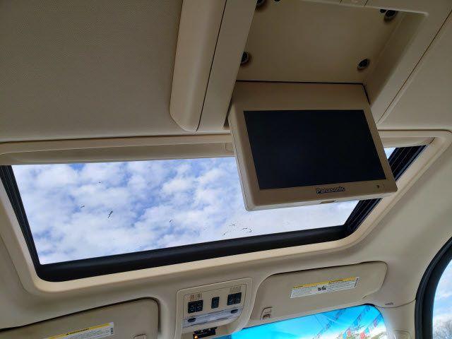 2007 Cadillac Escalade AWD 4dr - 18538736 - 17