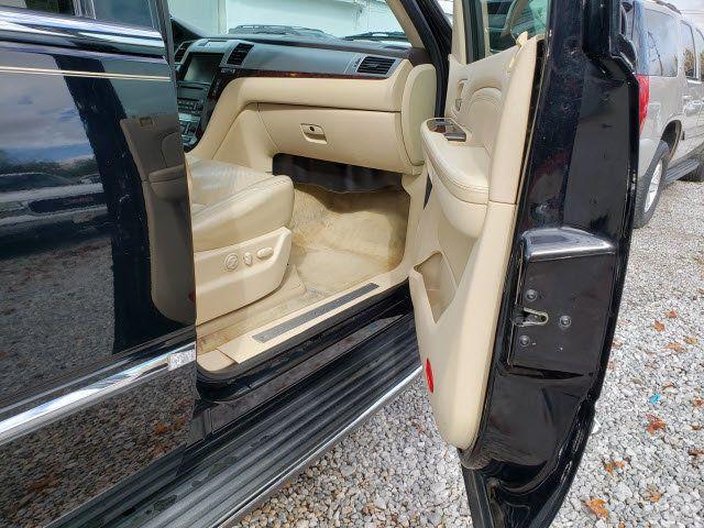 2007 Cadillac Escalade AWD 4dr - 18538736 - 25
