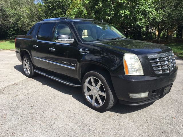 used 2007 cadillac escalade_ext awd4dr 11856 15540025 2 640 2007 used cadillac escalade ext awd 4dr at a luxury autos serving 2007 Cadillac Escalade P2723 at webbmarketing.co
