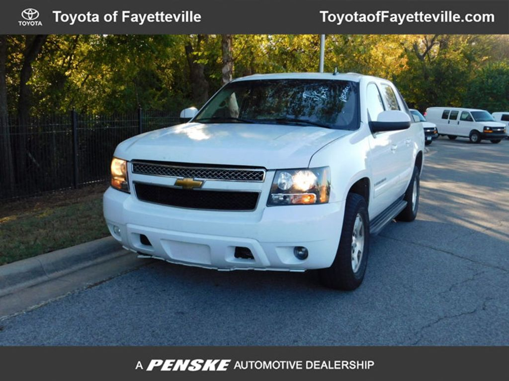"2007 Chevrolet Avalanche 4WD Crew Cab 130"" LT w/2LT - 16975287 - 0"