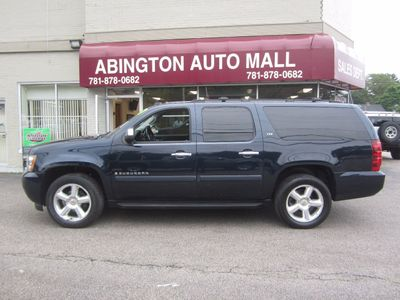 2007 Chevrolet Suburban 2007 CHEVROLET SUBURBAN LTZ BLUE ON BLACK LEATHER  SUV