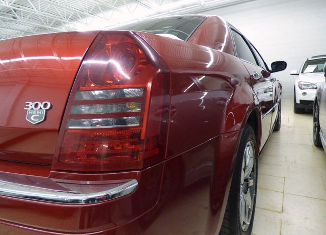 2007 Chrysler 300 C - Click to see full-size photo viewer