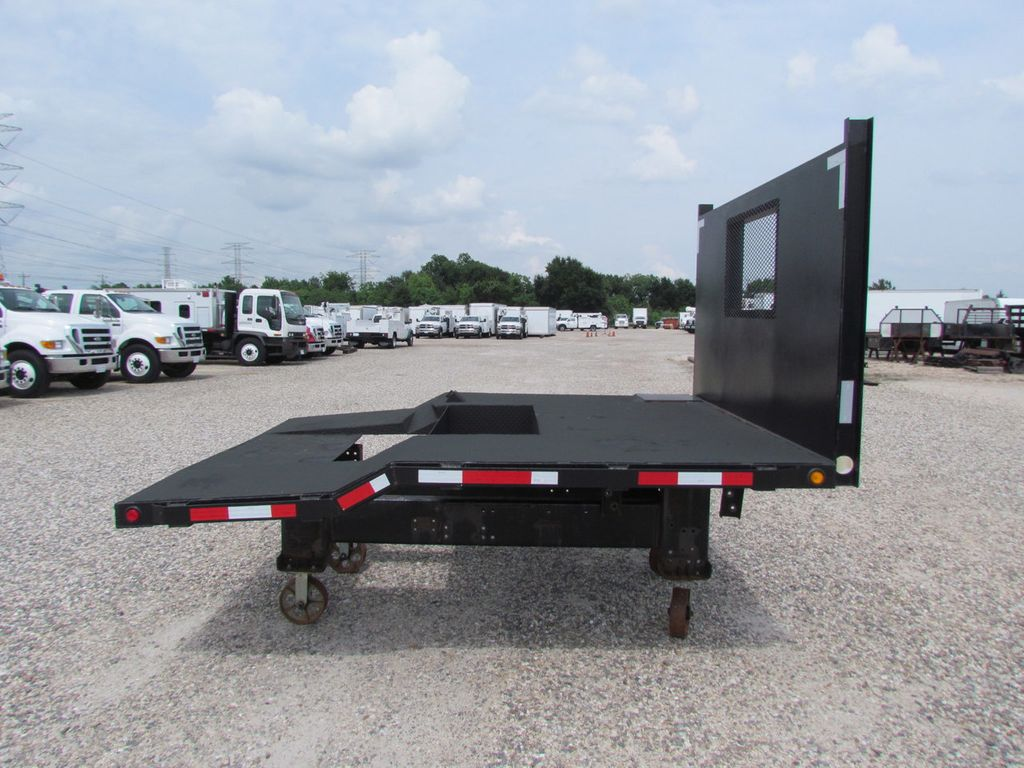 2007 Flatbed Steel Floor  - 16489171 - 0