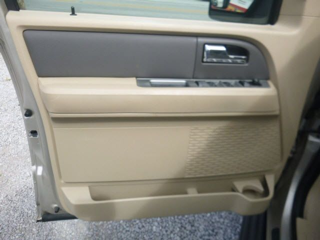 2007 Ford Expedition 4WD 4dr XLT - 17916644 - 9