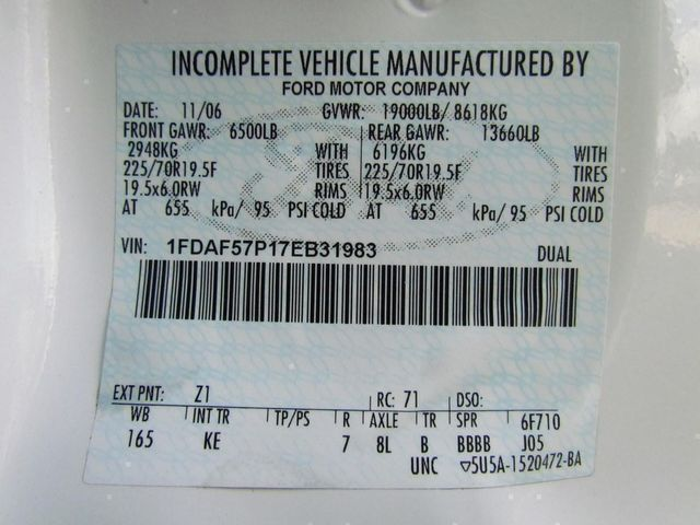 2007 Ford F550 Fuel - Lube Truck 4x4 - 9698537 - 28