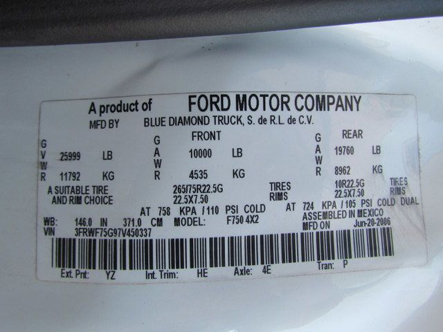2007 Ford F750 Fuel - Lube Service Truck - 14110228 - 30