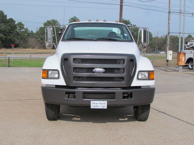 2007 Ford F750 Fuel - Lube Service Truck - 14110228 - 3