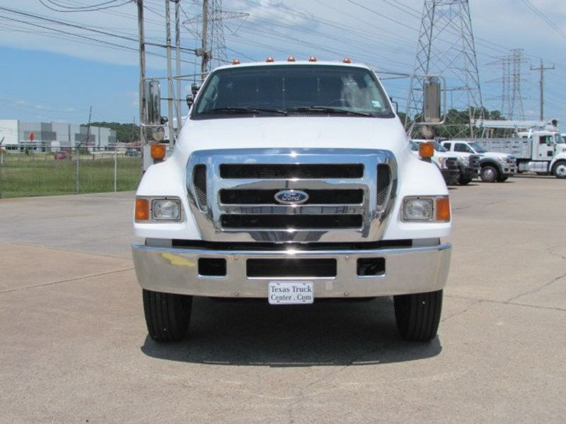 2007 Ford F750 Fuel - Lube Service Truck - 16545989 - 4