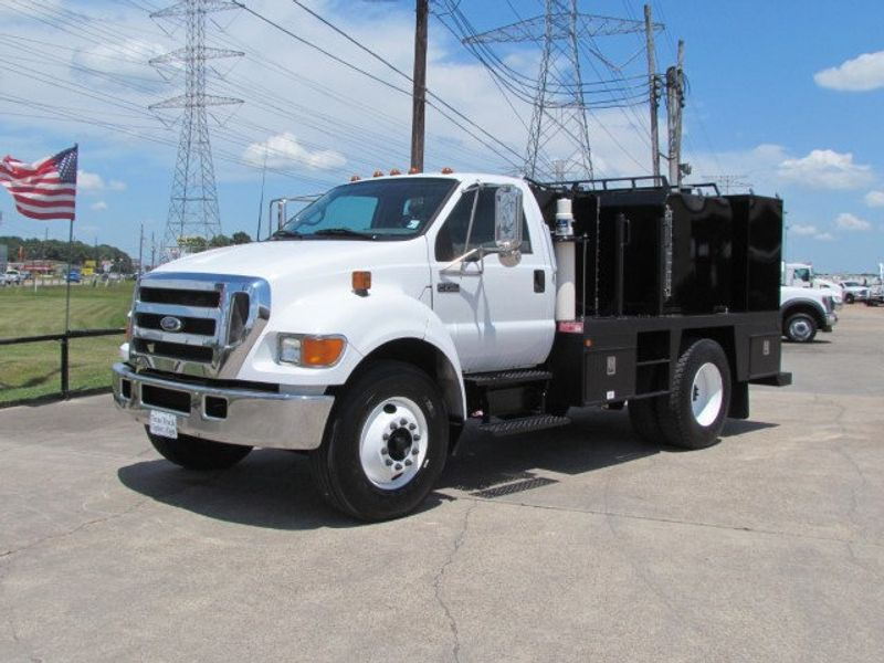2007 Ford F750 Fuel - Lube Service Truck - 16545989 - 5