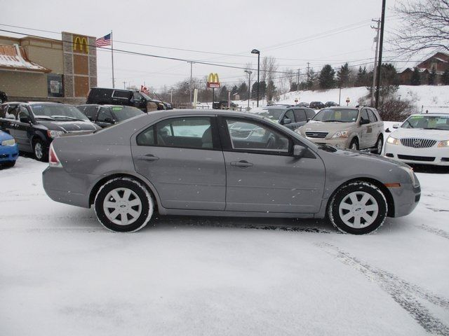 2007 Ford Fusion 4dr Sedan I4 SE FWD Sedan - 3FAHP07Z97R249836 - 9
