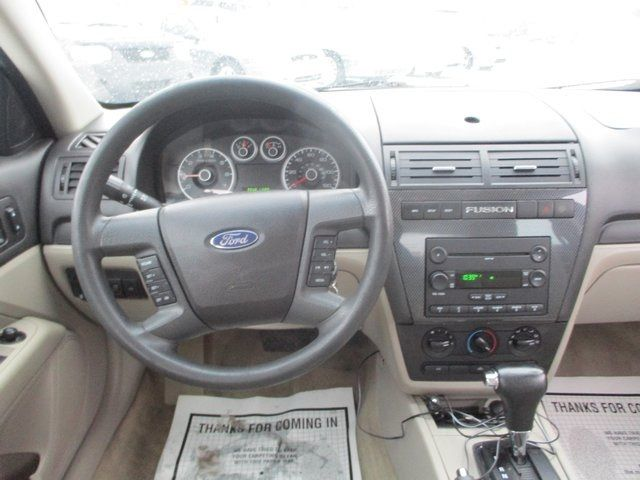 2007 Ford Fusion 4dr Sedan I4 SE FWD Sedan - 3FAHP07Z97R249836 - 10