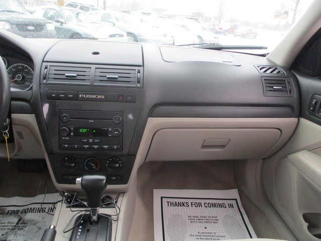 2007 Ford Fusion 4dr Sedan I4 SE FWD Sedan - 3FAHP07Z97R249836 - 11