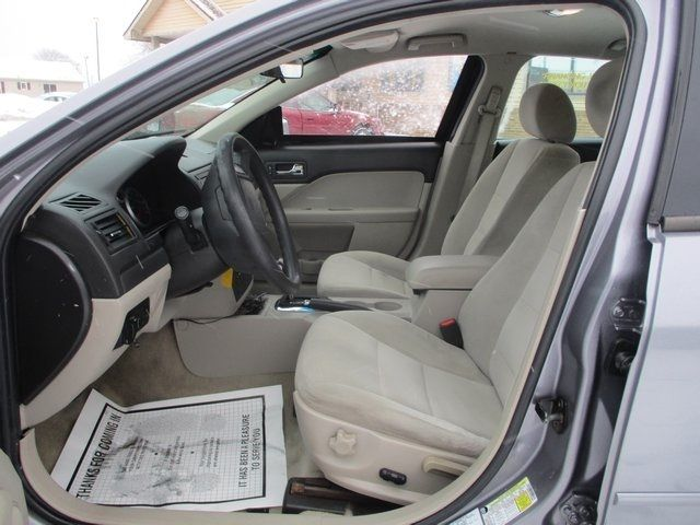 2007 Ford Fusion 4dr Sedan I4 SE FWD Sedan - 3FAHP07Z97R249836 - 1