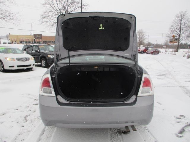 2007 Ford Fusion 4dr Sedan I4 SE FWD Sedan - 3FAHP07Z97R249836 - 27