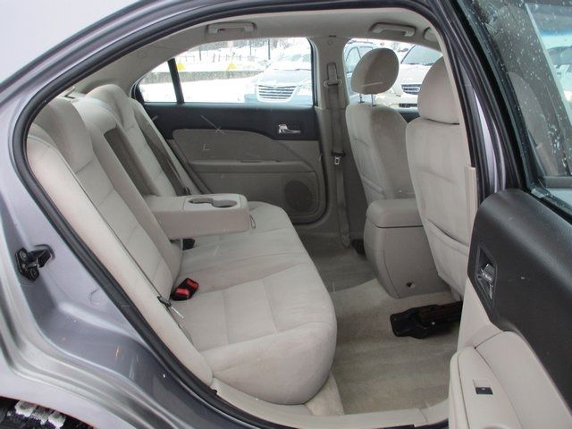 2007 Ford Fusion 4dr Sedan I4 SE FWD Sedan - 3FAHP07Z97R249836 - 43