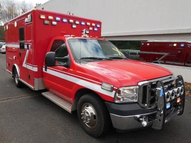 2007 Ford F-350 Super Duty AMBULANCE