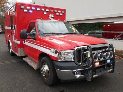 2007 Ford F-350 Super Duty AMBULANCE - Click to see full-size photo viewer