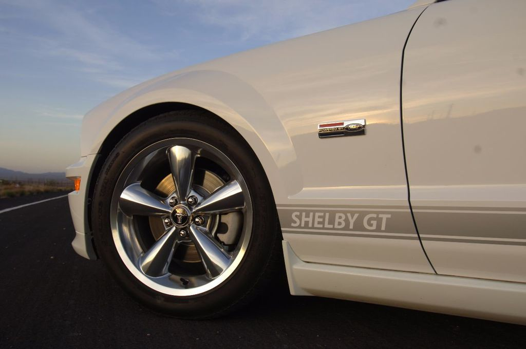 2007 Ford Mustang Shelby GT/SC Concept Car - 15980939 - 24