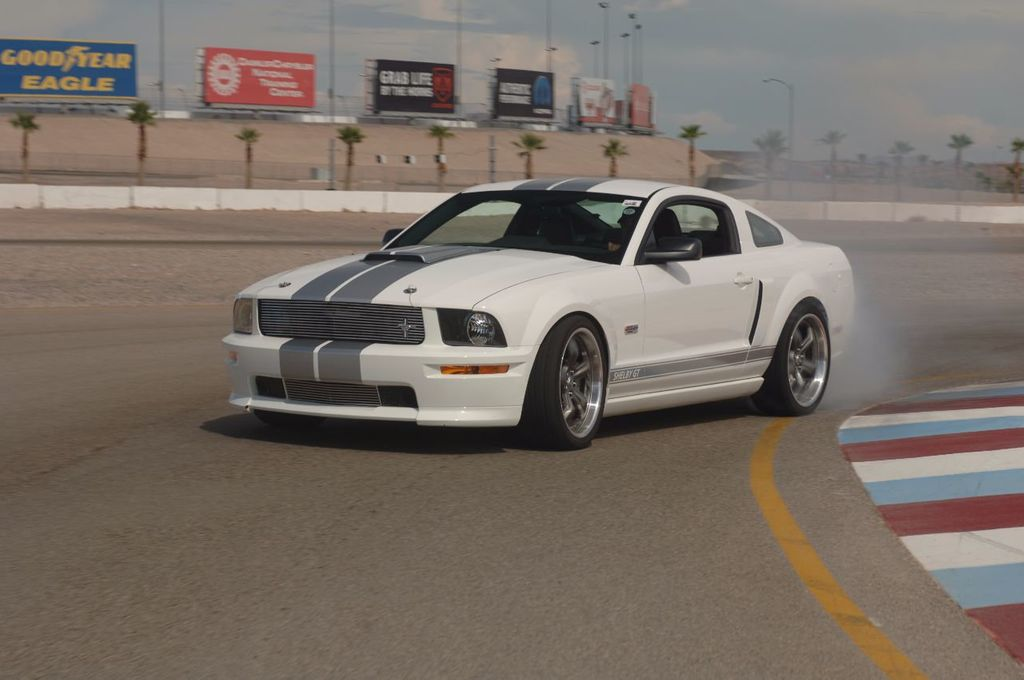 2007 Ford Mustang Shelby GT/SC Concept Car - 15980939 - 29