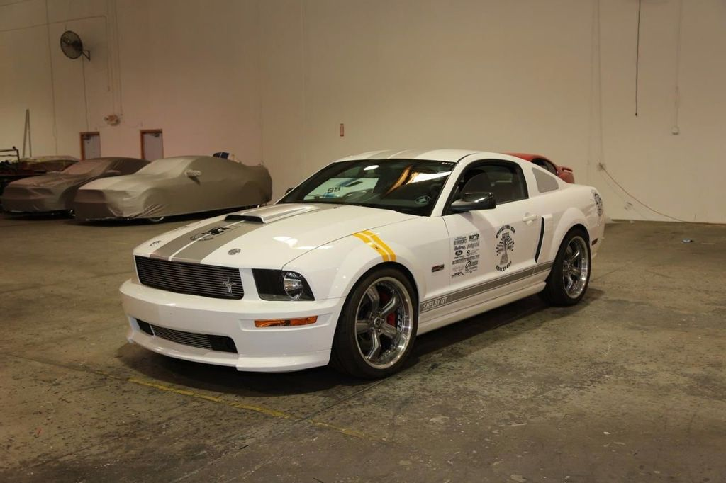 2007 Ford Mustang Shelby GT/SC Concept Car - 15980939 - 32