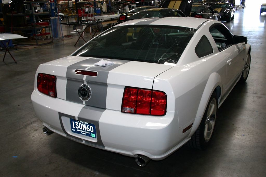 2007 Ford Mustang Shelby GT/SC Concept Car - 15980939 - 39
