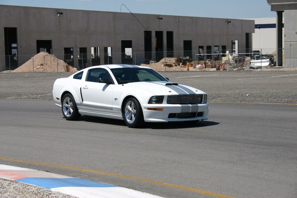 2007 Ford Mustang Shelby GT/SC Concept Car - 15980939 - 43
