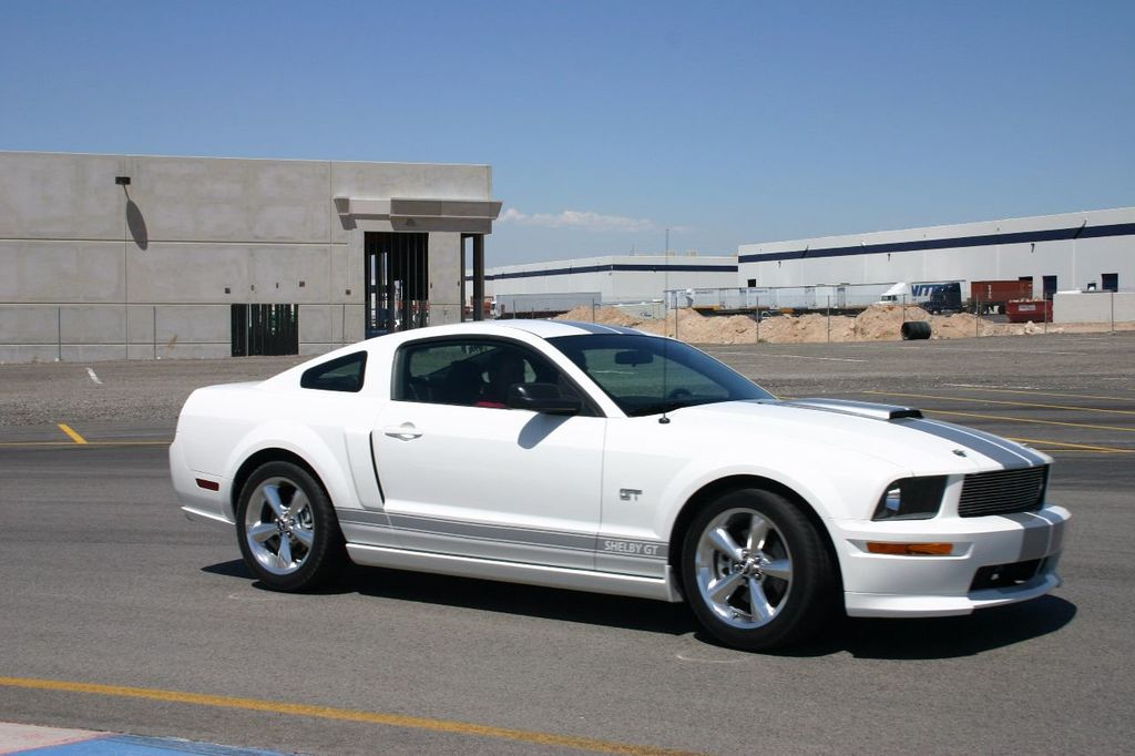 2007 Ford Mustang Shelby GT/SC Concept Car - 15980939 - 44